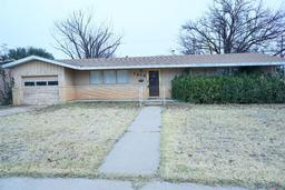 1313 East Reppto Street, Brownfield TX 79316