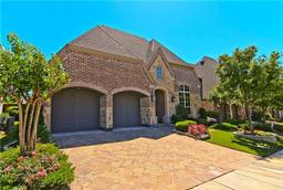 660 Clearwater Drive, Irving TX 75039