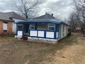 612 Symes St, Taylor, TX 76574