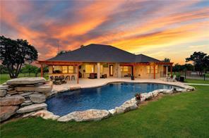 301 Spears Ranch Rd, Jarrell, TX 76537