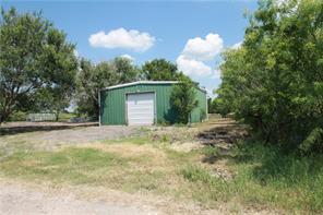 1211 Schubert Ln, Niederwald, TX 78640