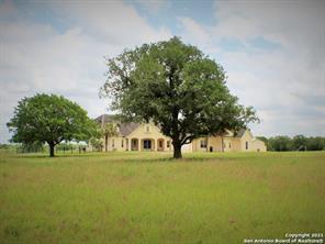456 County Road 413 A None, Waelder, TX 78959