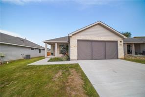 735 Dogwood Ln, Cottonwood Shores, TX 78657