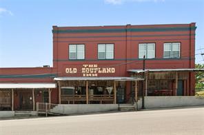 101 , Coupland TX 78615