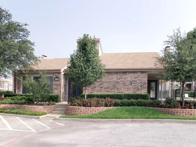 The Crossings On Walnut Hill Irving Tx Apartment Finder