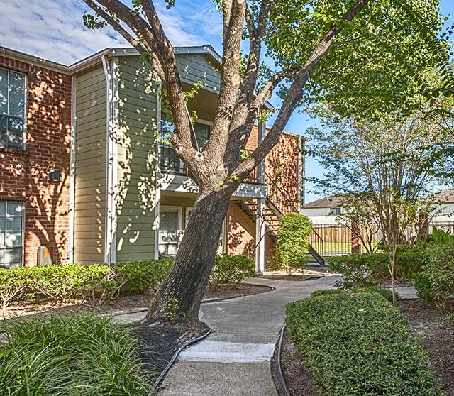 Har Com Houston Tx Rentals: Woodcreek Village, Houston, TX