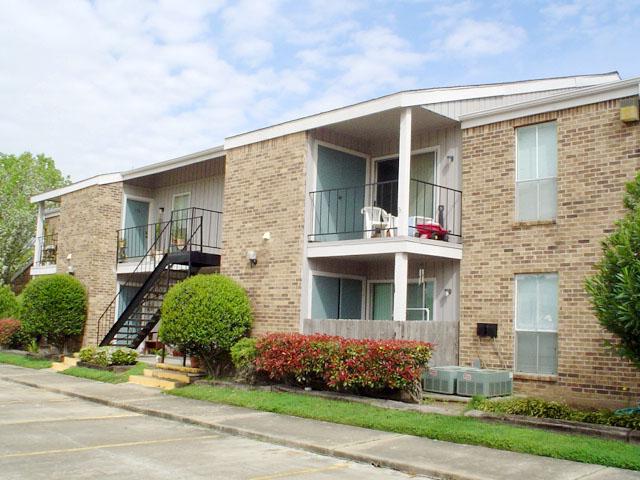 Falcon Point Apartments