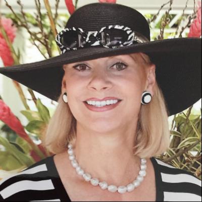 CLICK to visit Safari Carlotti's Realtor® Profile Page