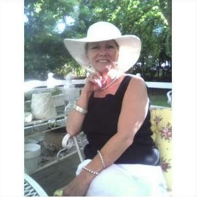 CLICK to visit Victoria Maxey-Hodgson's Realtor® Profile Page