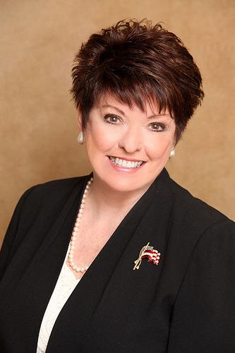 CLICK to visit Pamela Archer's Realtor® Profile Page