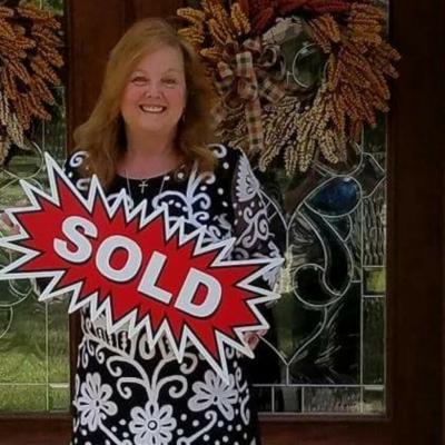 CLICK to visit Carolyn Gerken's Realtor® Profile Page