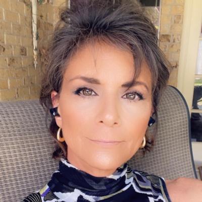 CLICK to visit Rebecca Leal's Realtor® Profile Page