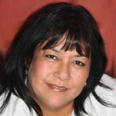CLICK to visit Dora Reyes's Realtor® Profile Page