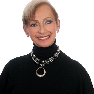 CLICK to visit Darlene Hafner's Realtor® Profile Page