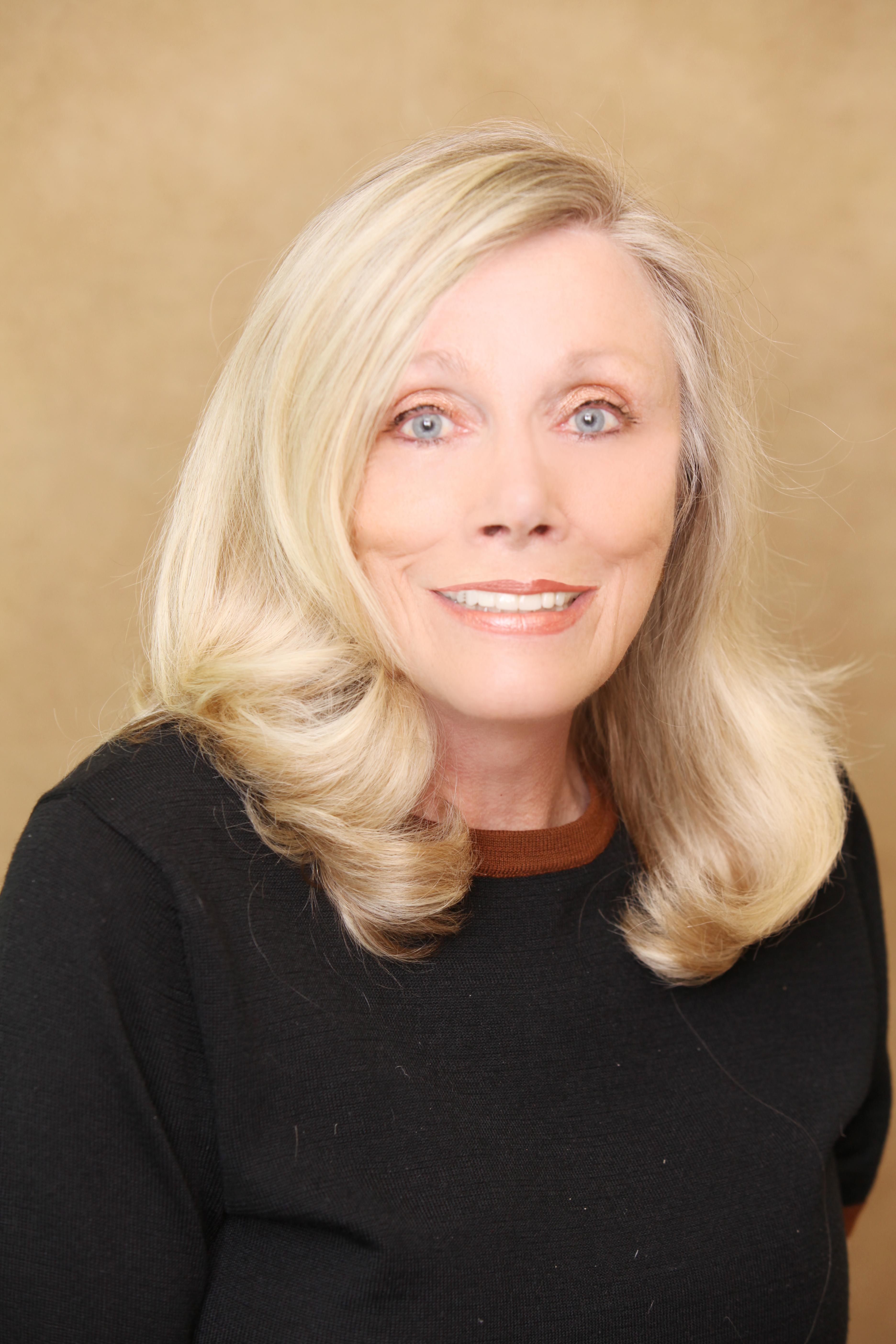 CLICK to visit Elisabeth Boudreau's Realtor® Profile Page