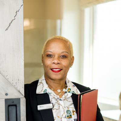 CLICK to visit Elizabeth Julius's Realtor® Profile Page