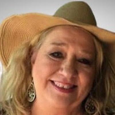 CLICK to visit Denise Dawson's Realtor® Profile Page