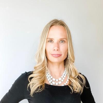 CLICK to visit Amanda Lyles's Realtor® Profile Page