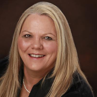 CLICK to visit Lillian Ballard's Realtor® Profile Page