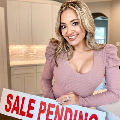 CLICK to visit Jenni Meador's Realtor® Profile Page