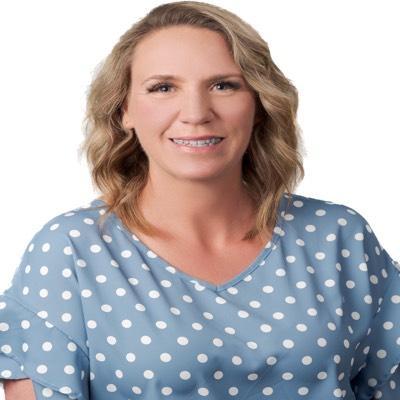 CLICK to visit Jennifer Lowe's Realtor® Profile Page
