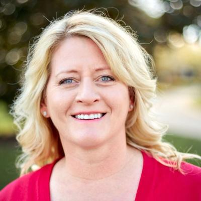CLICK to visit Nicole Hill's Realtor® Profile Page