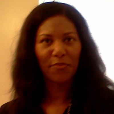 CLICK to visit Vicki Snead's Realtor® Profile Page