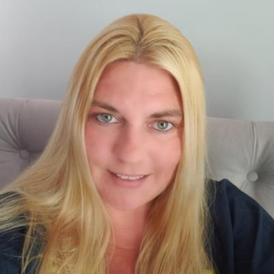 CLICK to visit Jennifer Mejia's Realtor® Profile Page