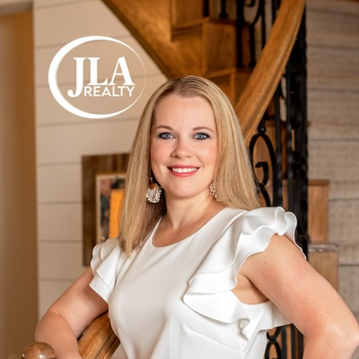 CLICK to visit Kimberly Davila's Realtor® Profile Page