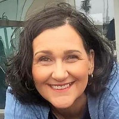 CLICK to visit Debra White's Realtor® Profile Page