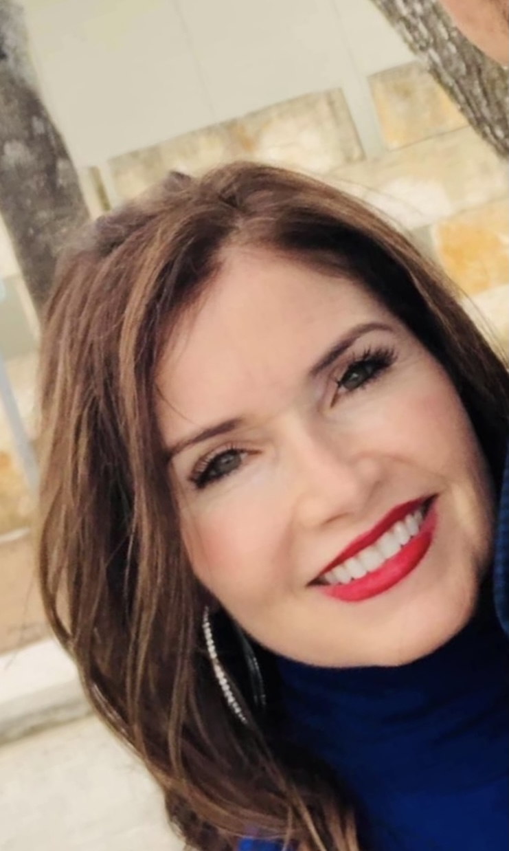 CLICK to visit Regina Davis Salinas's Realtor® Profile Page