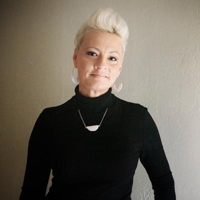 CLICK to visit Kimberly Potts's Realtor® Profile Page