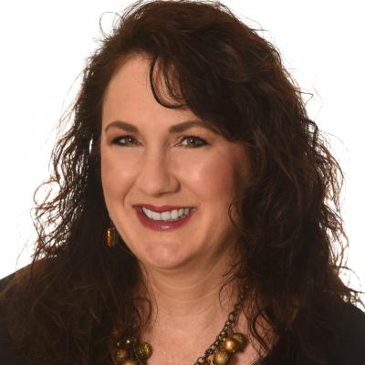 CLICK to visit Amanda Smith's Realtor® Profile Page