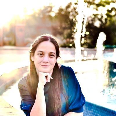 CLICK to visit Veronica Pena's Realtor® Profile Page