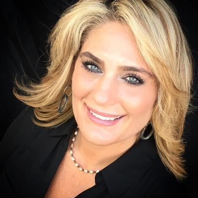 CLICK to visit Kari Weatherly's Realtor® Profile Page