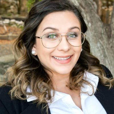 CLICK to visit Hannah Vanveckhoven's Realtor® Profile Page