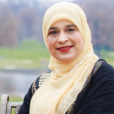 CLICK to visit Ayesha Khan's Realtor® Profile Page