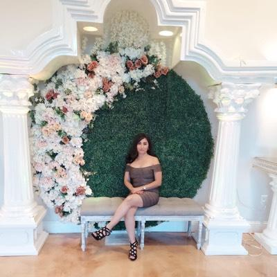 CLICK to visit Alma Martinez's Realtor® Profile Page