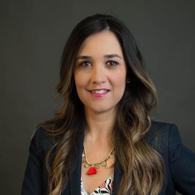 CLICK to visit Laura De La Pena's Realtor® Profile Page