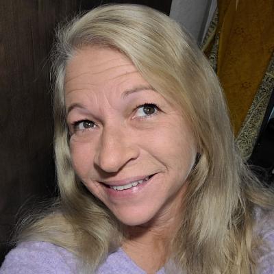 CLICK to visit Margaret Ellison's Realtor® Profile Page