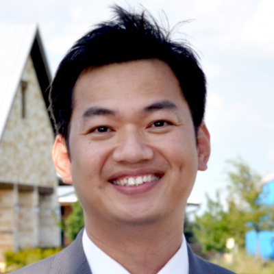 CLICK to visit Nguyen Le's Realtor® Profile Page