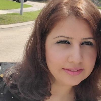 CLICK to visit Maureen Abraham's Realtor® Profile Page