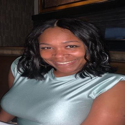 CLICK to visit Shantel Hamilton's Realtor® Profile Page