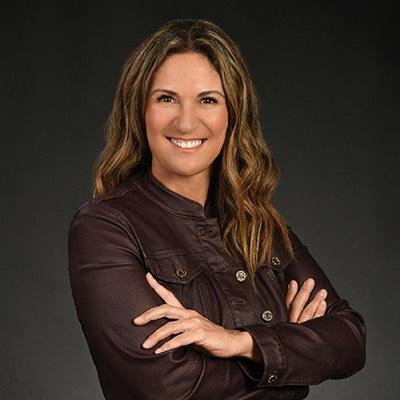 CLICK to visit Ana De Los Reyes's Realtor® Profile Page