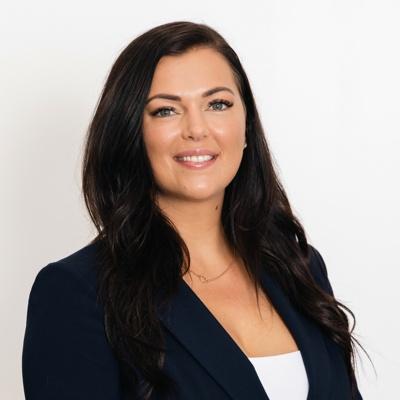 CLICK to visit Jenna Power's Realtor® Profile Page