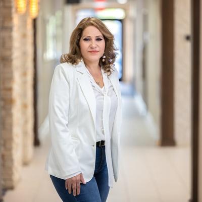 CLICK to visit Miriam Hernandez's Realtor® Profile Page