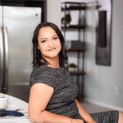 CLICK to visit Esmeralda Herrera's Realtor® Profile Page