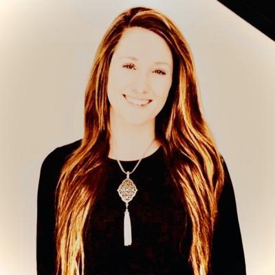 CLICK to visit Amanda Blackwell's Realtor® Profile Page