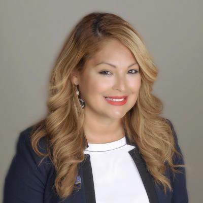 Raquel Valle