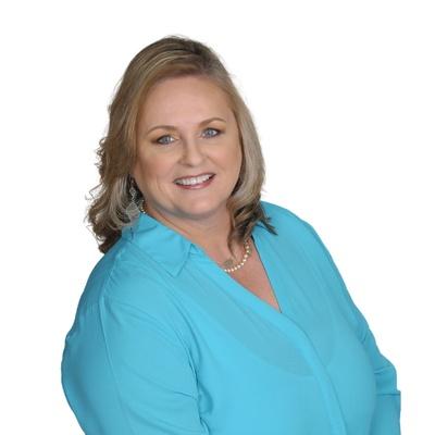 CLICK to visit Sophia Bramley's Realtor® Profile Page